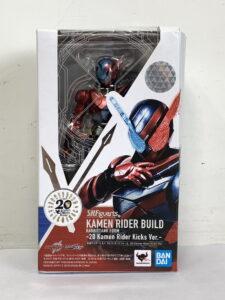 S.H.フィギュアーツ 仮面ライダービルド ラビットタンクフォーム 20 Kamen Rider Kicks Ver.