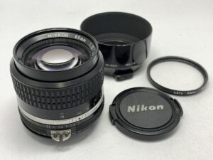 Ai-S NIKKOR 85mm F2
