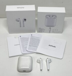 Apple AirPods with Charging Case MV7N2J/A